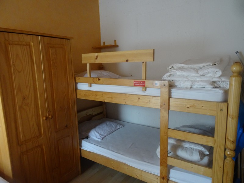 Appartement-bergeres-coin-nuit-bisca
