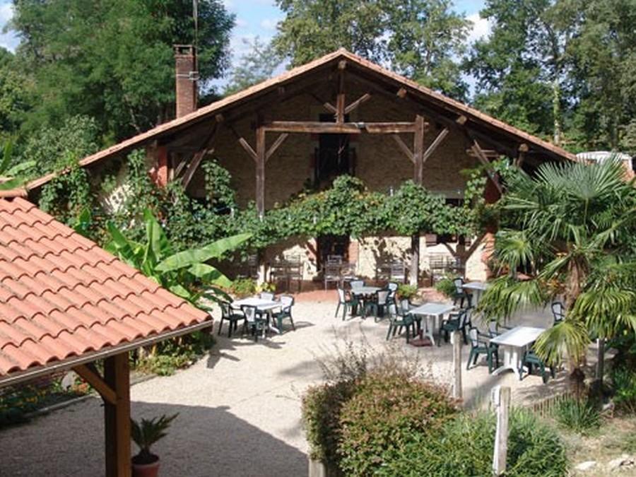 Hébergement – Camping – Le Pin – Saint-Justin (19)