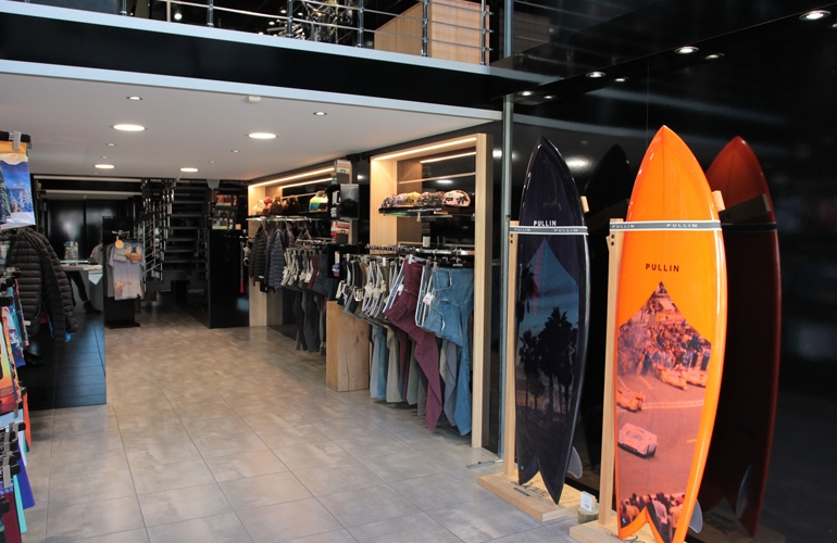 boutique-pull-in-hossegor-3
